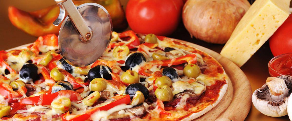 Slide for Must Eat a Pizza, Kebabs, Burgers and Chicken Takeaway in Perth